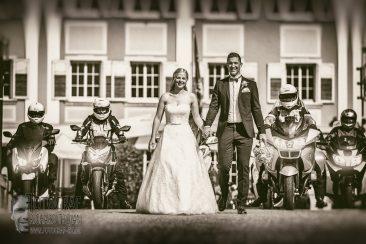 Brautpaar cool, Hochzeit Motorrad, Hochzeit Motorradbegleitung