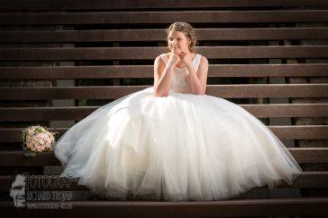 hochzeit, hochzeitsfotografie, wedding, wedding photo, braut treppe, fotograf richard trojan