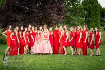 Hochzeit, Gruppenfoto, hochzeit in Rot, hochzeitsgruppenfoto, fotograf richard trojan